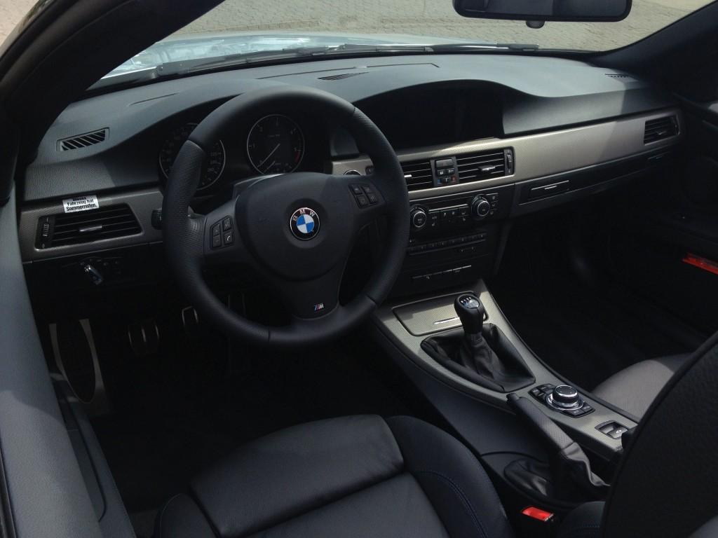 Der Innenraum des BMW 320d Cabrios