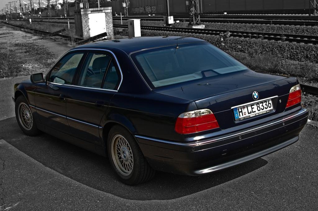 BMW_750i 006